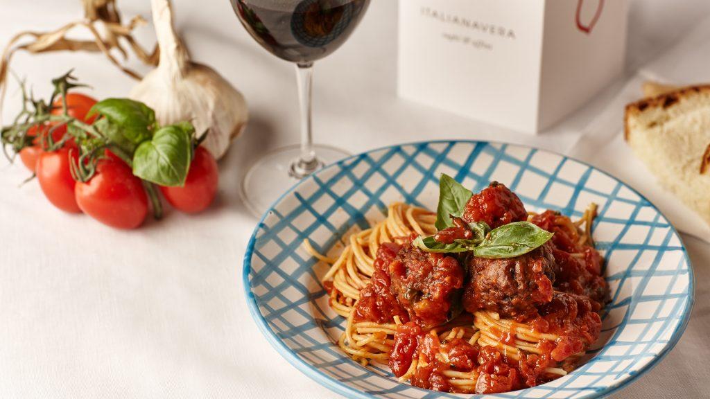 Spaghetti al sugo con polpette